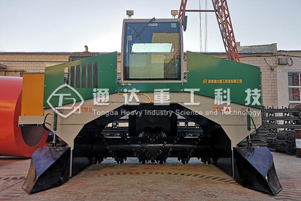 柴油发动履带液压翻堆机的设计优势有哪些