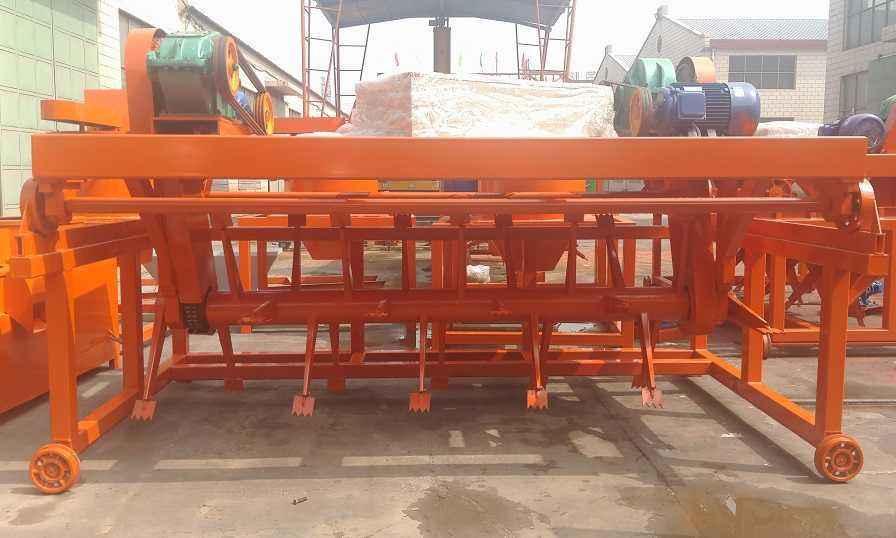 有机肥厂双槽式翻抛机生产设备性能特点